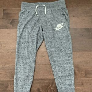 Nike Women's Capris sweatpants